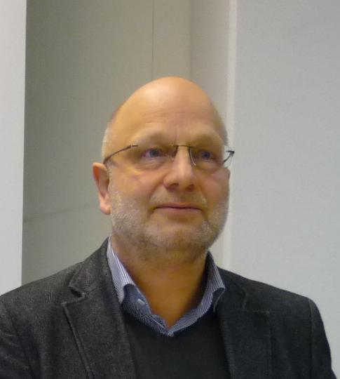II41 Gerd Hankel